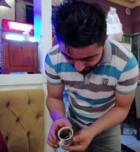 leyendo_los_posos_del_cafe