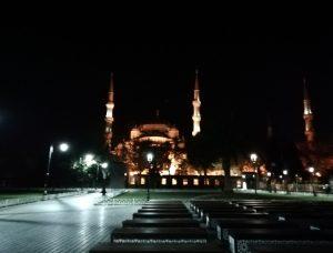 Mezquita-azul-noche